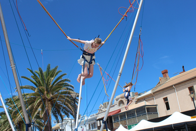 bungy trampoline, bungee trampoline, glenelg foreshore, fun for kids in summer