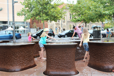 fountain, 14 pieces, adelaide public art, adelaide water feature, water fun