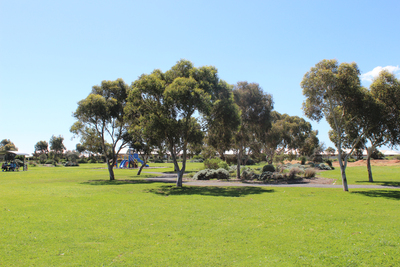 grand boulevard park, seaford park, seaford skate park, playgrounds in seaford
