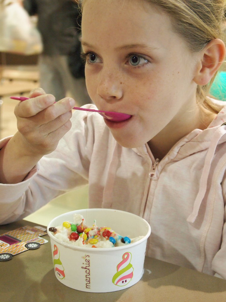 menchies, frozen yoghurt, food for kids, fun food, rundle mall, adelaide myer centre  - Menchie's Frozen Yoghurt: Myer Centre