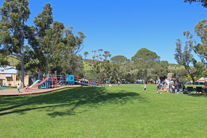 old noarlunga playground reserve, onkaparinga river, playgrounds southern suburbs, family barbecues