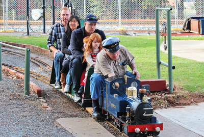 sasmee park, model trains, miniature trains, train rides, adelaide train enthusiasts, fun for kids