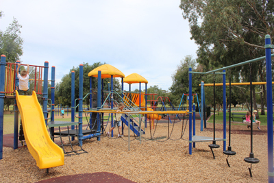 south terrace glover playground, adelaide cbd playgrounds, adelaide playgrounds, climbing frames, fun for kids